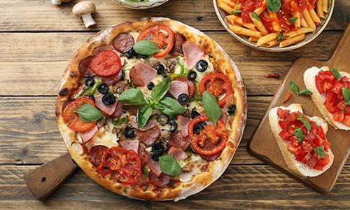 CityGames Firmen Team Pro Tour: Pizza e Pasta Menü im L'Osteria